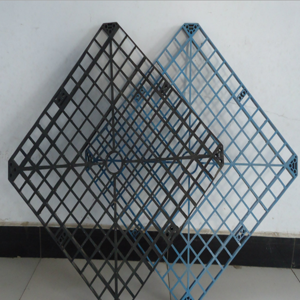 Grid cooling tower fil